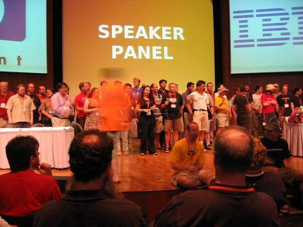 linux.conf.au 2007 speaker panel grouped on stage