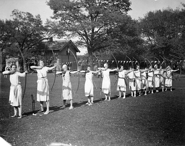 Row of women archers, University of Wisconsin Digital Collections CC BY 2.0
