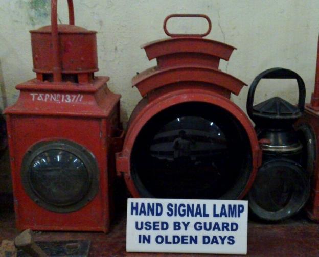 railway-museum-lamp